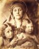 Julia Margaret Cameron / Mary Hillier, Elizabeth and Kate Kuhn / (1864)