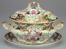 Spode / Covered soup tureen with stand / about 1825