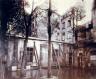 Jean Eugène Auguste Atget / Petit bâtiment dans lequel je trouve le cloître-ancien charnier de St-Severin et / 1903