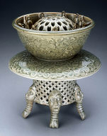 Ceremonial bowl and stand