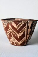Cross-lined bowl