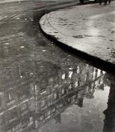 Pool of water, rue de Vaugirard, Paris