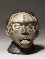 Headdress in the Form of a Human Head (Agringa)
