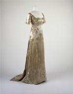 Presentation gown