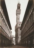Il Portico degli Uffizi e il Palazzo Vecchio
