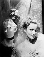 Marlene Dietrich with mannequin