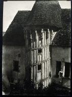Chartres, Escalier dit de la Reine Berthe