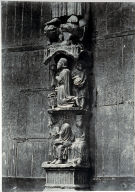 Chartres Cathedral, jumeau statues supporting base (with figures)