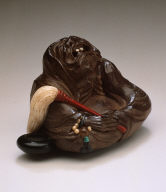 Daruma with Fly Whisk and Begging Bowl