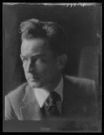 Flagg, Montgomery, Mr., portrait photograph