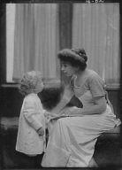 Bastedo, W.A., Mrs., and child, portrait photograph