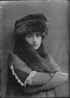 Anglin, Margaret, Miss, portrait photograph