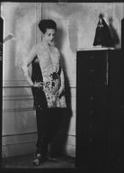 Lydig, Rita, Mrs., portrait photograph
