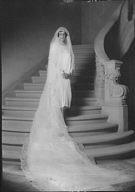 Heffelfinger, Mary, Mrs., portrait photograph