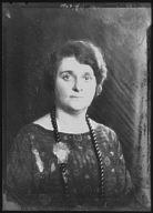 Lewisohn, Richard, Mrs., portrait photograph