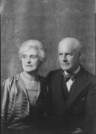Galsworthy, John, Mr. and Mrs., portrait photograph