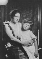 Ashton, E.L., Mrs., and daughter, portrait photograph