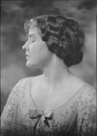 Altpeter, Gretchen, Miss, portrait photograph