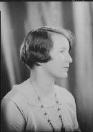 McDonald, Maud, Miss, portrait photograph