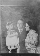 Javits, Benjamin, Mr. and Mrs., and child, portrait photograph
