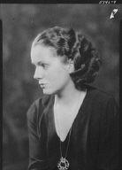 Campbell, H.G., Mrs., portrait photograph