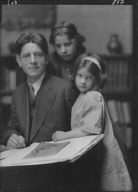 MacKaye, Percy, and daughters (Christina and Avia), portrait photograph