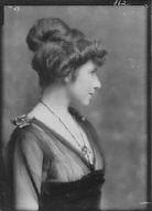 Parke, Jean, sister of, portrait photograph