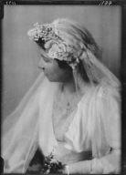 Smith, Charles Sprague, Mrs., or Starzenski, Victor, Mrs., portrait photographt