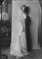 Irwin, Wallace, Mrs., portrait photograph