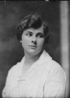 Robinson, M., Miss, portrait photograph