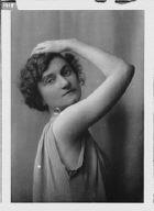 Morgan, Marion, Miss, portrait photograph
