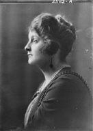 Pierce, Mrs., portrait photograph
