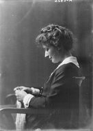 Smith, E. Terry, Mrs. (Miss Ethel Walker), portrait photograph