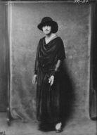 Florence Noyes dancers, portrait photograph