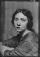 Dale, Gretchen, Miss (Mrs. Howard Estabrook), portrait photograph
