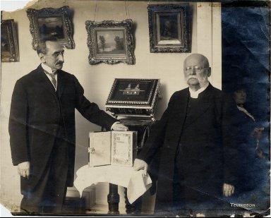 Leonard Krower and Rabbi Leucht
