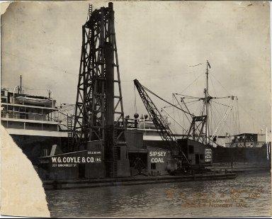W. G. Coyle & Co. coal crane Collier no. 1