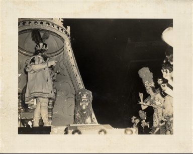 Hermes Mardi Gras parade