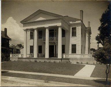 Residence of Ed Sonle
