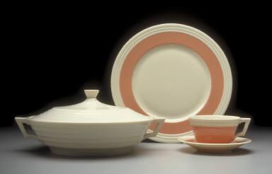 'Three-step' plate