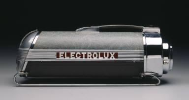 'Model 30' vacuum cleaner
