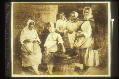 Newhaven Fisherwomen - Mrs. Margaret Lyall, Marion Finlay, & Mrs. Grace Ramsay & Two Unknown Women