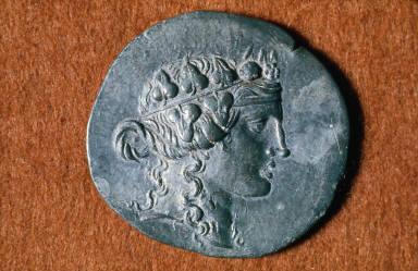 Tetradrachm with head of Dionysos