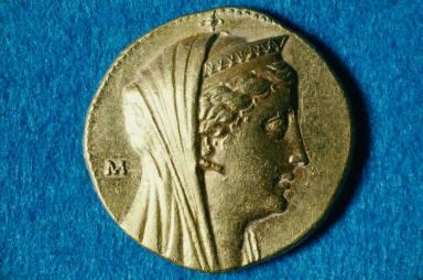 Octadrachm of Ptolemy II with head of deified Arsinoe