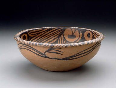 Basin with star and cloud patterns