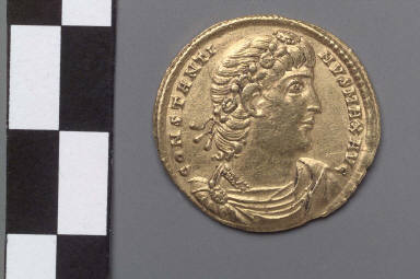 Solidus with bust of Constantine I