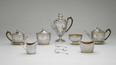 Teapot and tray