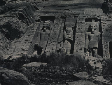 [Ibsamboul, partie méridionale du spéos d'Hathor, Southern Portion of the Rock-cut Temple of Hathor, Abu Simbel]