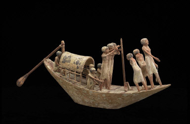 Model traveling boat