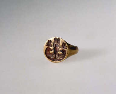 Ring featuring Amun of Thebes and Amun of Napata